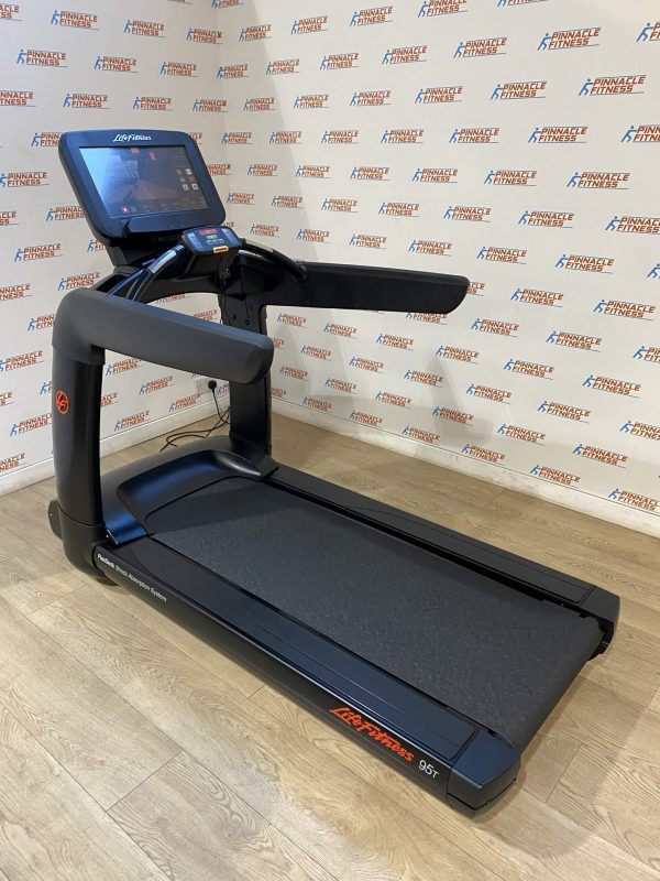 Life Fitness 95T Elevation Treadmill with Discover SE3 Console