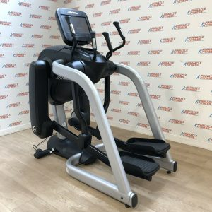 Life Fitness Elevation Series Discover SE FlexStrider WiFi Ready